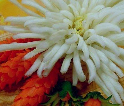 цветок из пекинской капусты.jpg